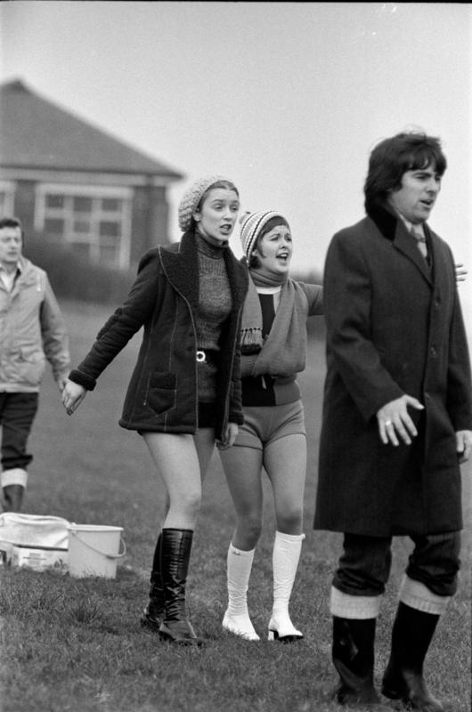 Anne Kirkbride filming with Clare Sutcliffe and Duggie Brown