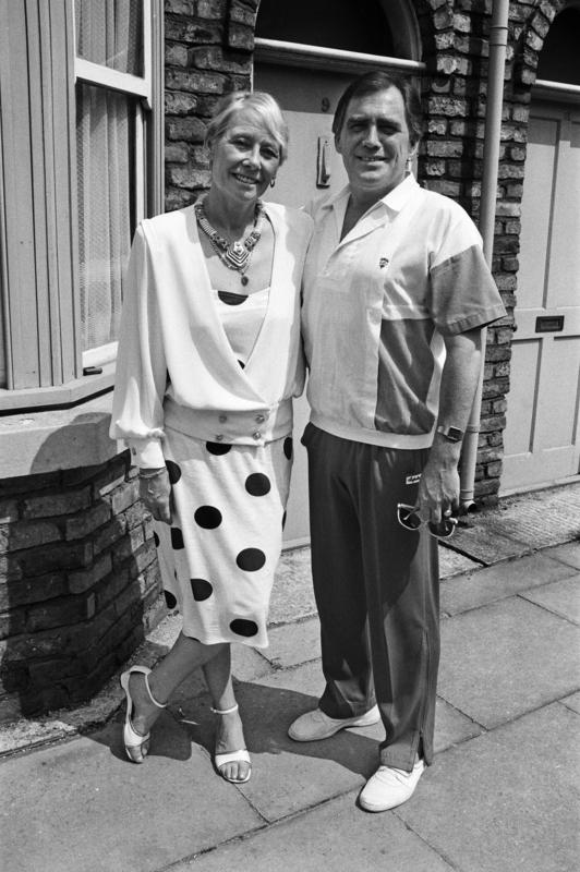 Bill Tarmey and Liz Dawn (Jack and Vera Duckworth), July 1987