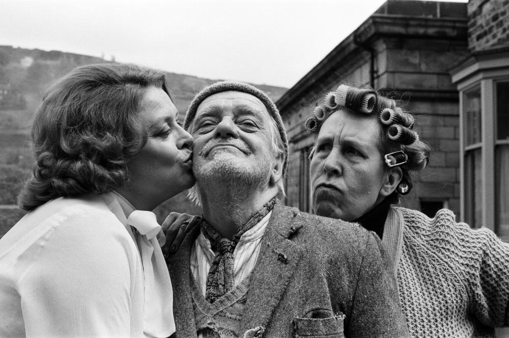 Lynda Baron, Bill Owen and Kathy Staff on the set of 'Last of the Summer Wine'.
