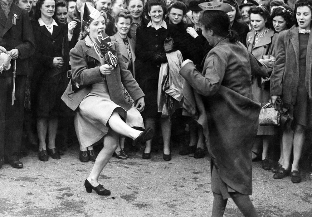 Dancing in Piccadilly to mark the allies' victory in Europe