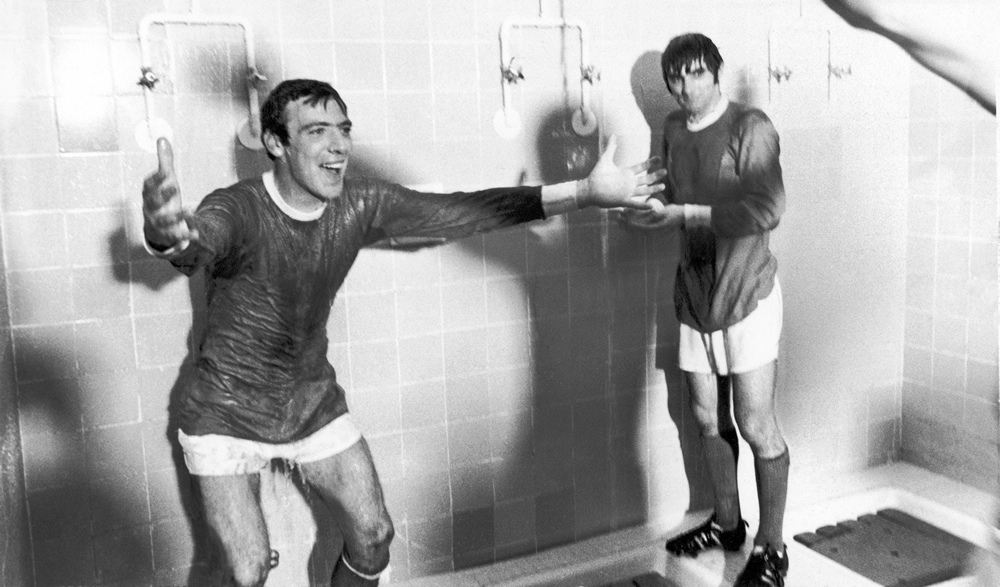 John Sadler and George Best cool down after drawing 3-3 with Real Madrid