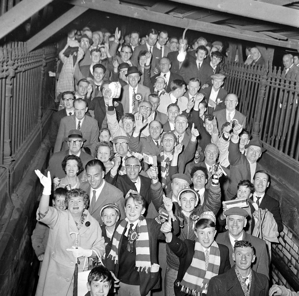 United fans come home from Wembley after the 1968 European Cup Final