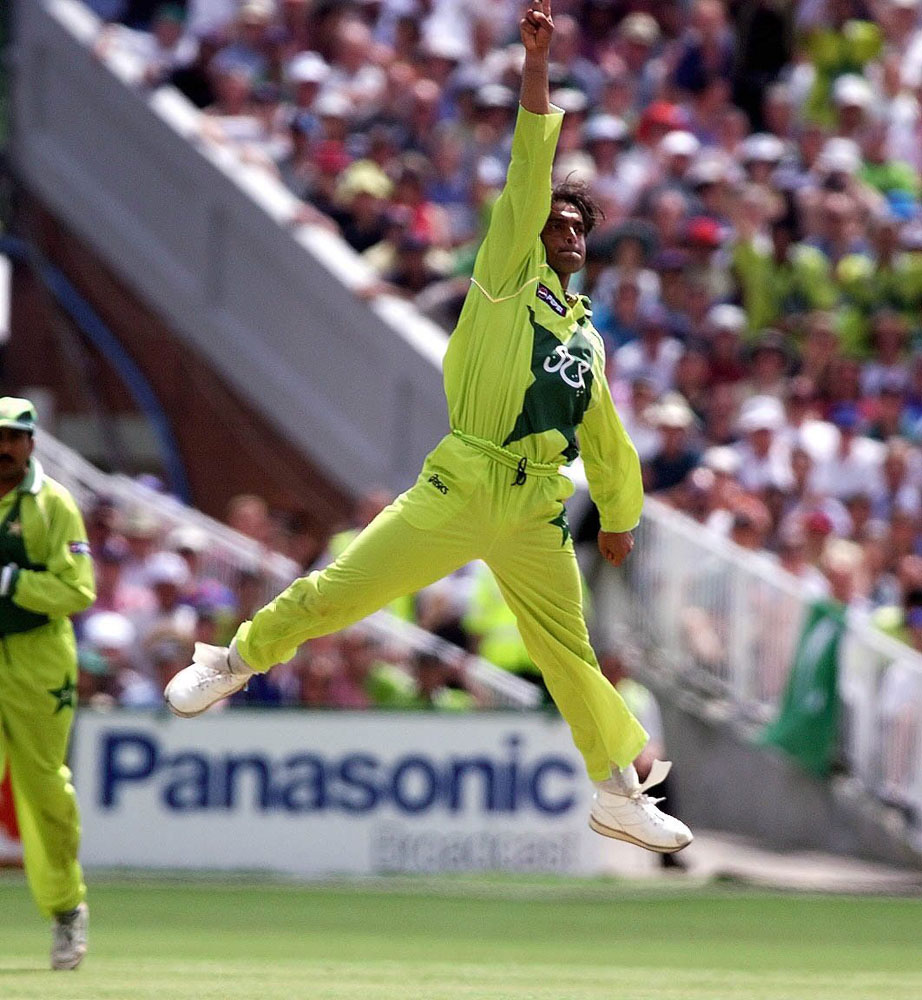 Shoaib Akhtar makes a brilliant catch against New Zealand in the World Cup semi-final at Old Trafford, June 1999