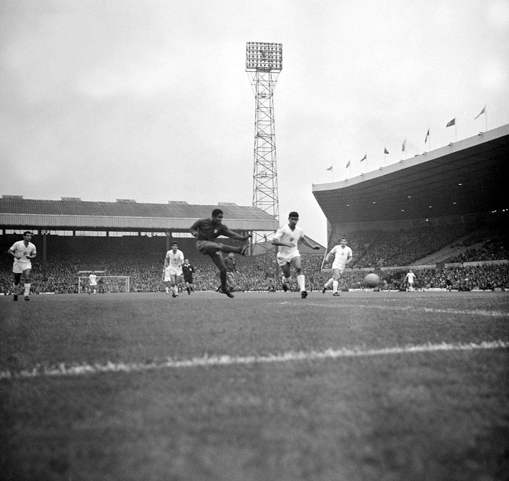 Eusebio scores for Portugal against Bulgaria at Old Trafford, July 1966