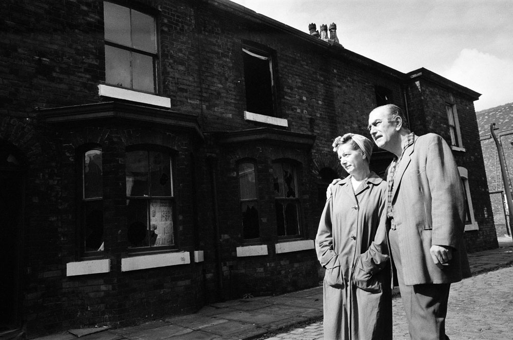 Stan and Hilda Ogden (Bernard Youens and Jean Alexander) at Archie Street, Salford – the model for Coronation Street - before its demolition in August 1971