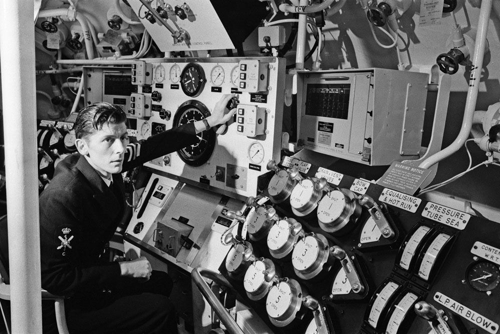 A glimpse inside the newly commissioned nuclear sub HMS Conqueror, November 1971
