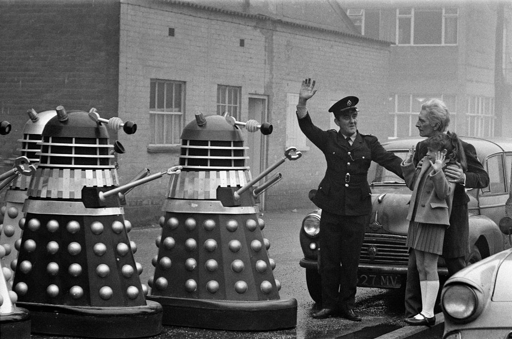 Bernard Cribbins tries to direct the Daleks with Peter Cushing as The Doctor and Roberta Tovey as Susan, January 1966