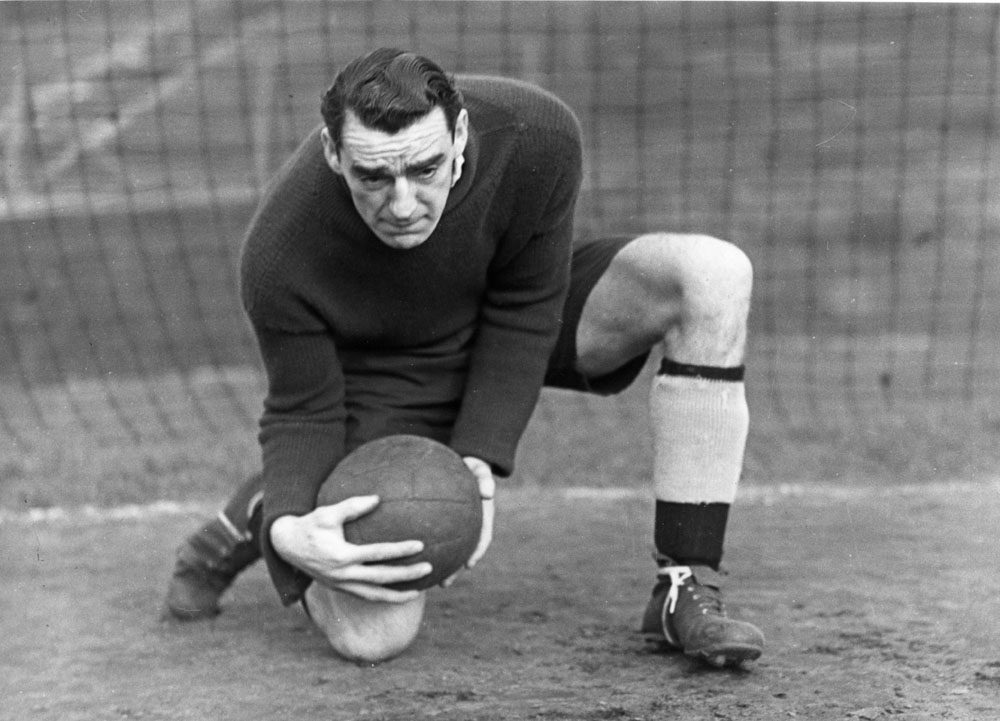 Bert Trautmann's predecessor between the sticks was the legendary Frank Swift.