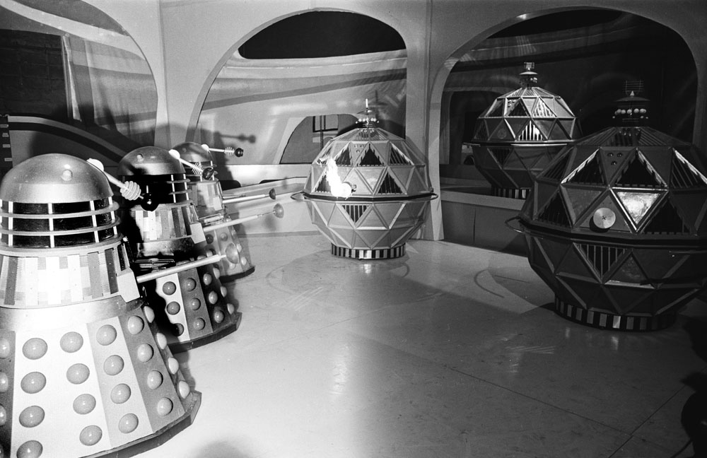 Daleks battle the spherical Mechonoids in the Doctor Who serial The Chase, April 1965