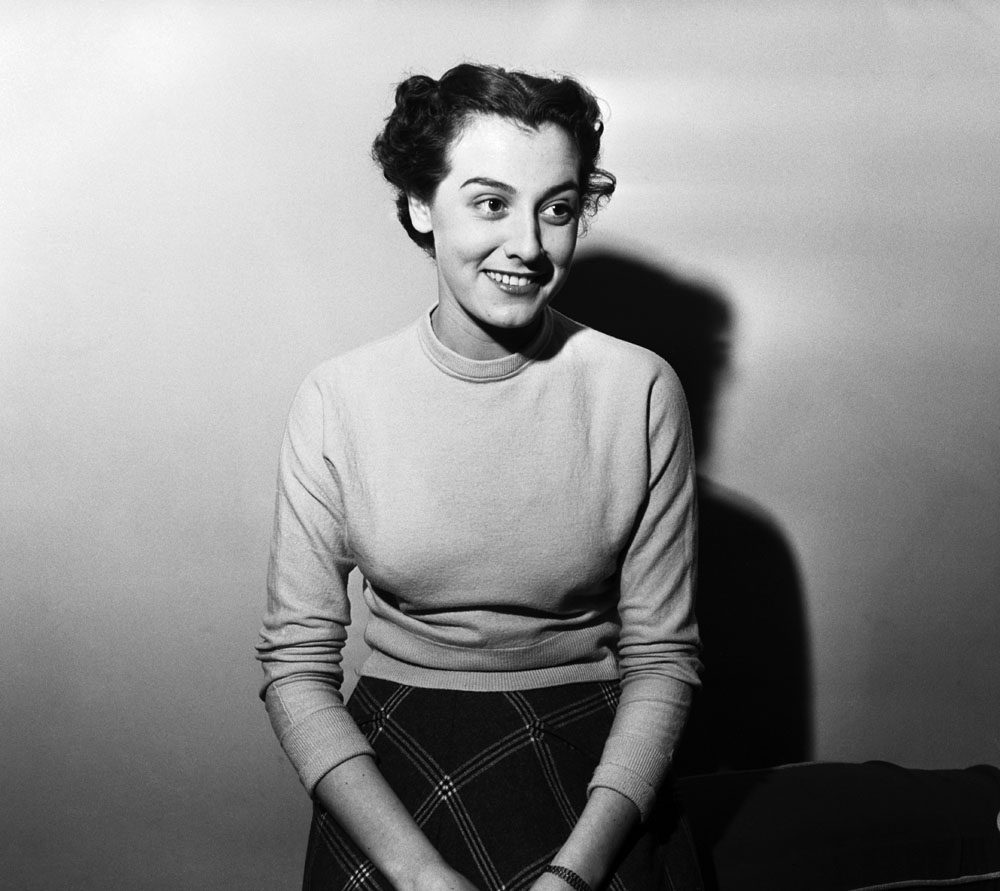 Portrait of Liverpool actress, singer and dancer Anne Rogers, December 1953