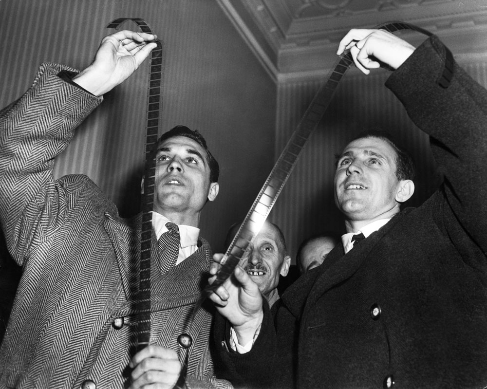 Hungarian footballers Gyula Grosics and Nandor Hidegkuti, on whom the Revie plan was based, study film of their historic 6-3 victory over England at Wembley, November 1953