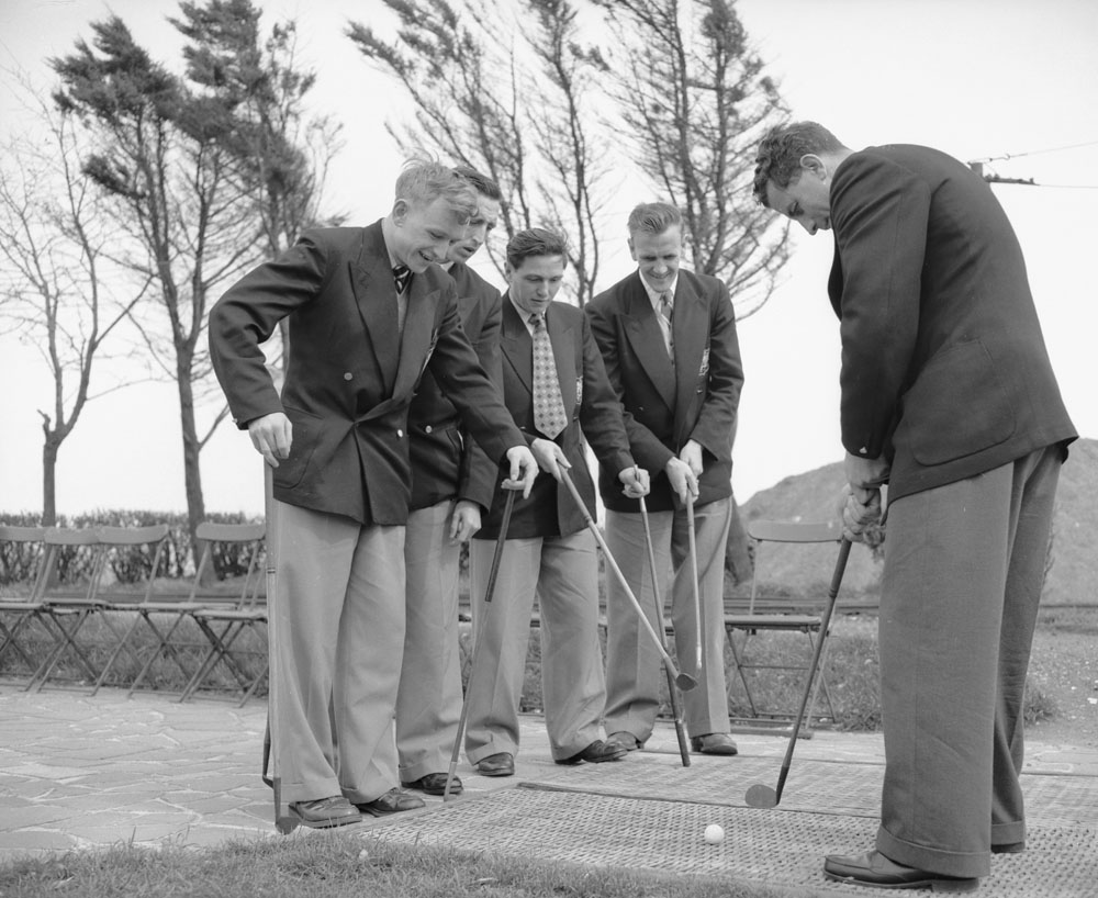 City players relax with a round of golf before the 1955 FA Cup Final