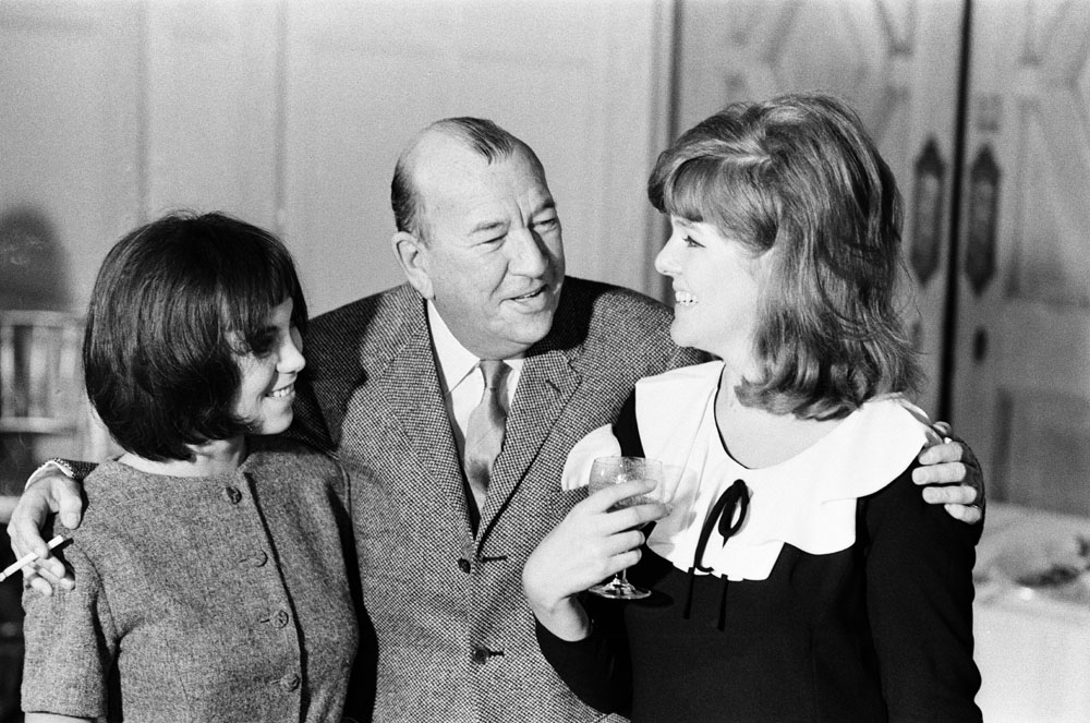 Actresses Lynn Redgrave, right, and Louise Purnell with Noel Coward, October 1964