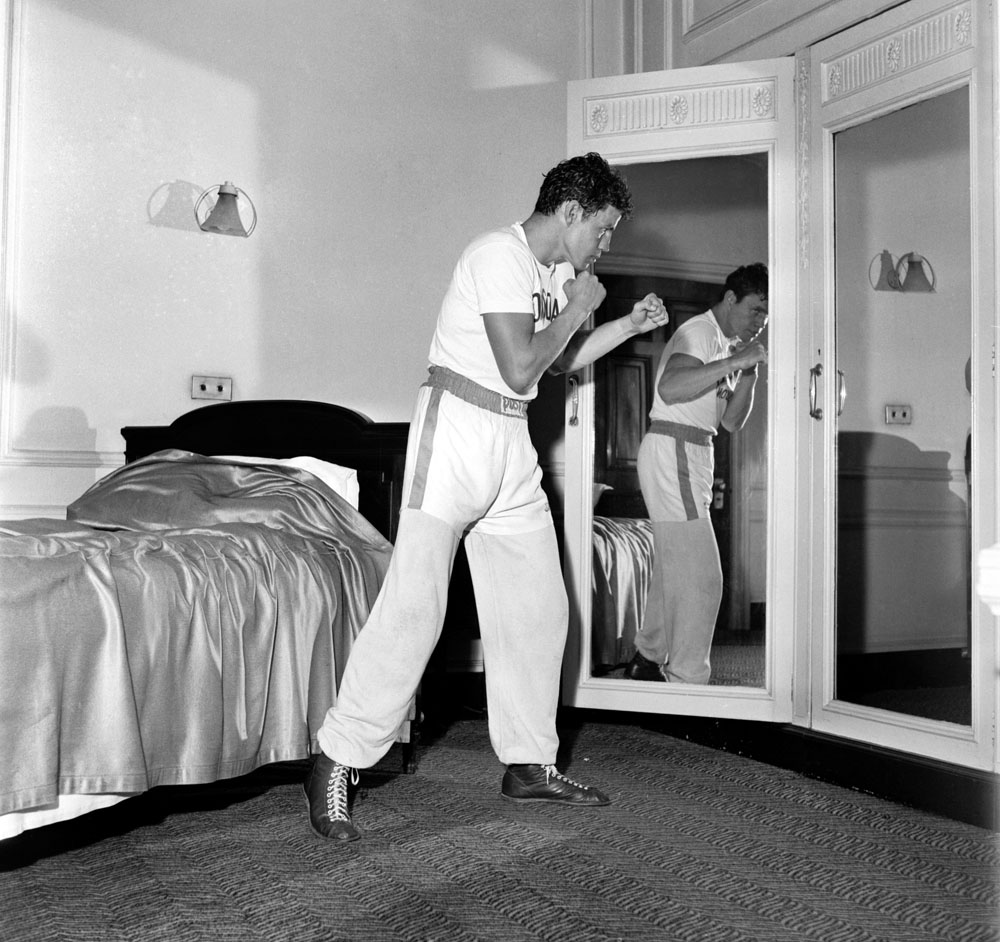 Terry Downs works out at the Midland Hotel before boxing at Belle Vue, June 1960