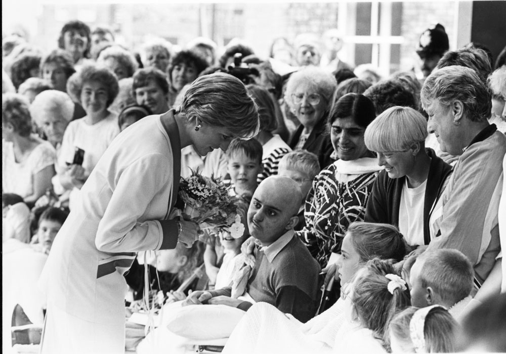 Patients and parents greet Princess Diana at Alder Hey hospital, September 1990