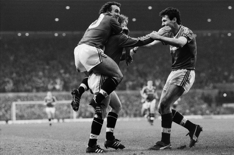 Gordon Strachan scores as United beat Arsenal 2-0 at Old Trafford, January 1987