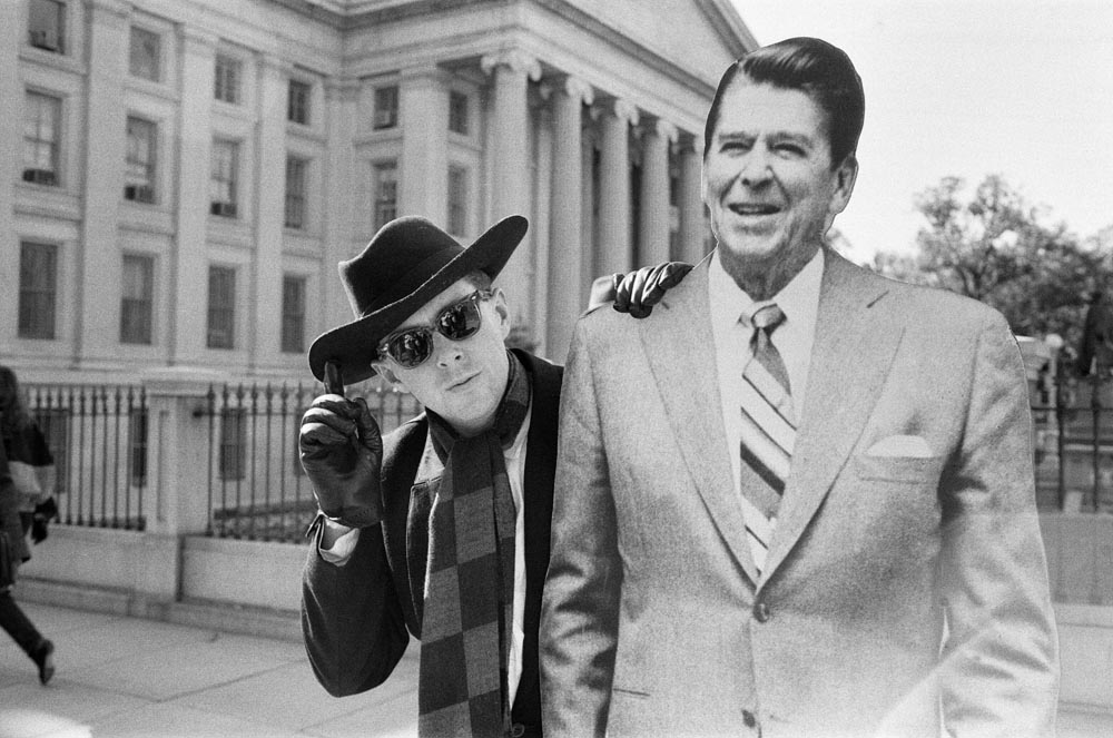 Holly Johnson outside the White House with a life-size Ronald Reagan cut-out, November 1984