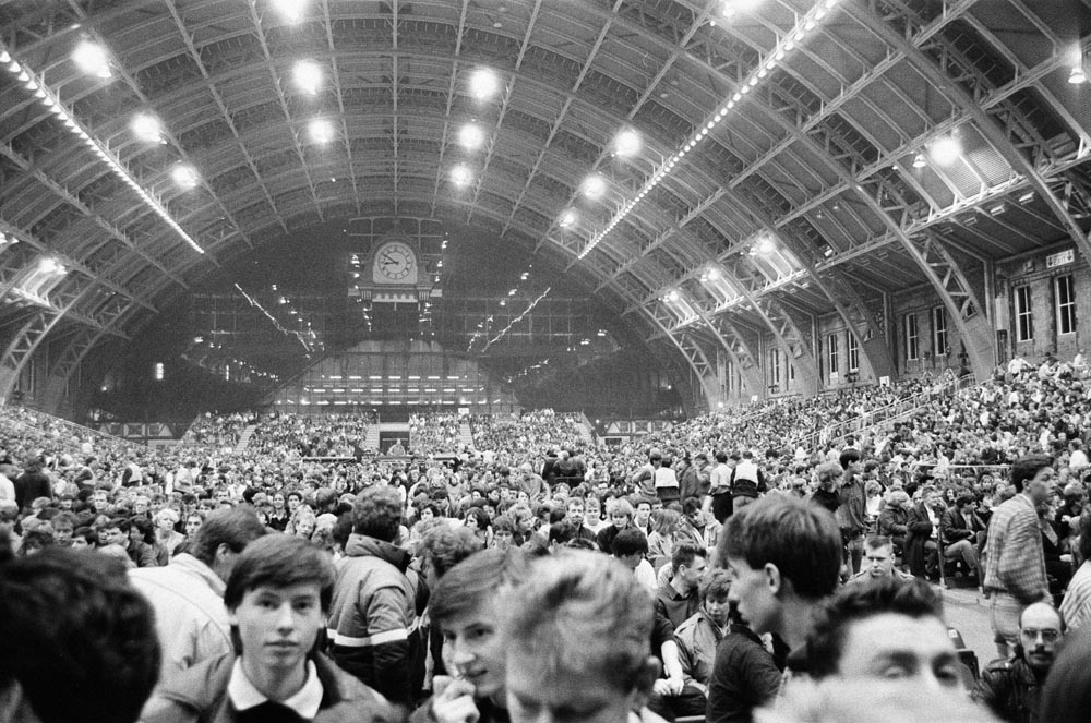 Sell-out crowds watch the Frankies at Manchester's G-Mex centre, January 1987