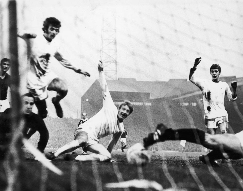 Denis Law's goal against Milan is ruled out by an unsighted referee, May 1969