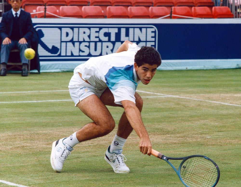 Pete Sampras plays a backhand at the Northern Lawn Tennis Club, June 1991