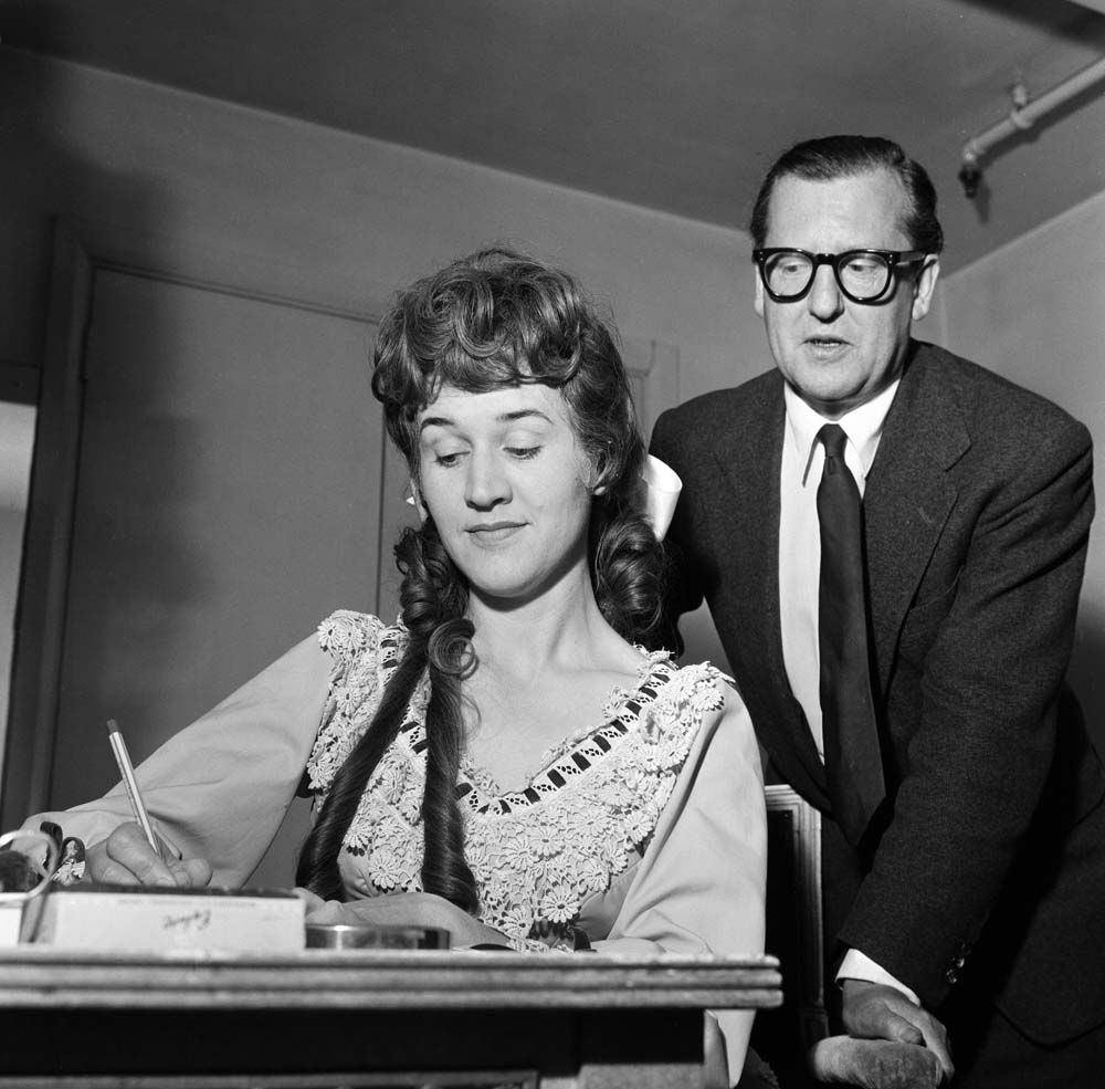 A young Patricia Routledge buys a share of the show Little Mary Sunshine for £300, June 1962