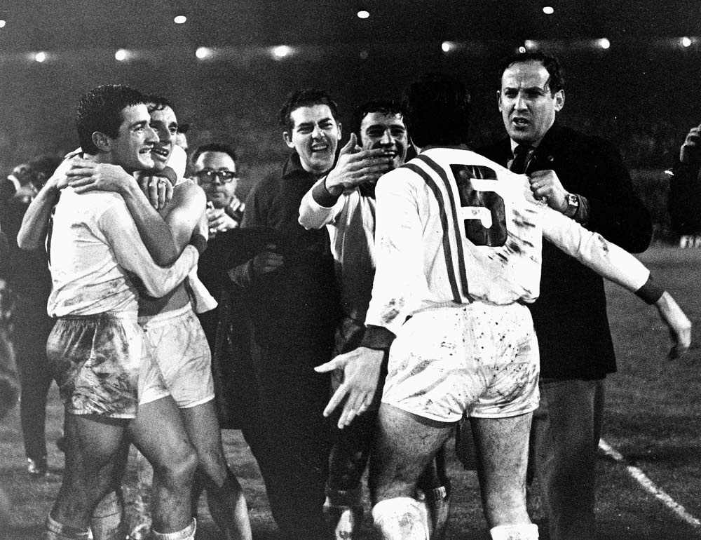 Argentinian side score against Man City in Intercontinental Cup
