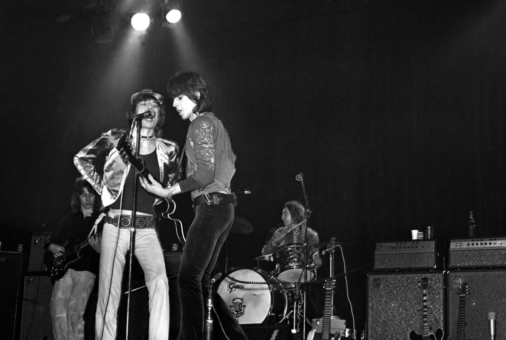 Mick Jagger and Keith Richards belt out the hits at the Empire, March 1971