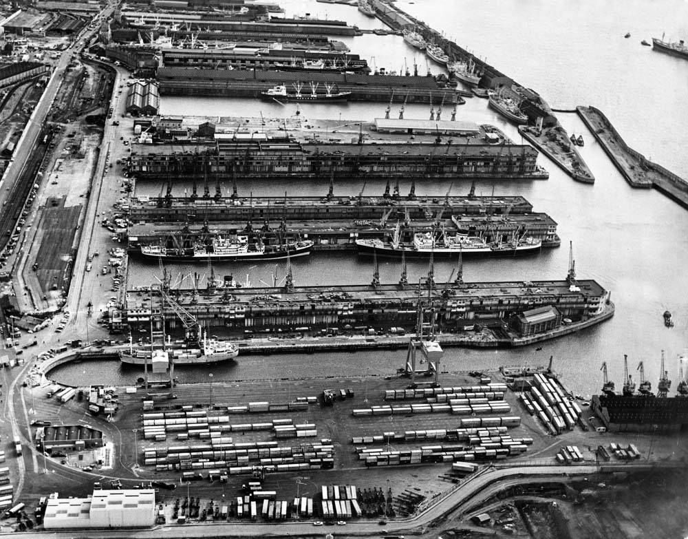 Liverpool's interim container terminal at Gladstone Dock, October 1969