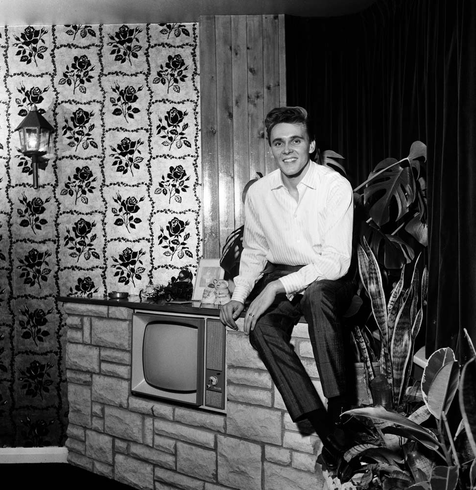 Singer Billy Fury at home, January 1963