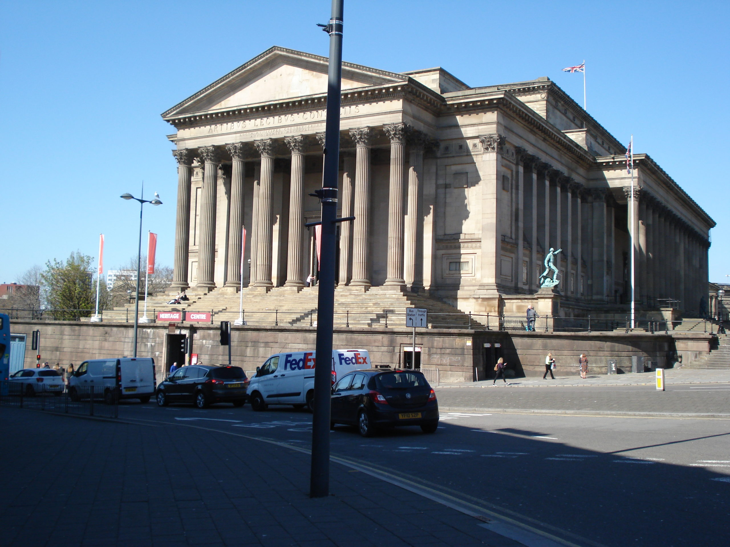 St George's Hall, Lime Street - Now