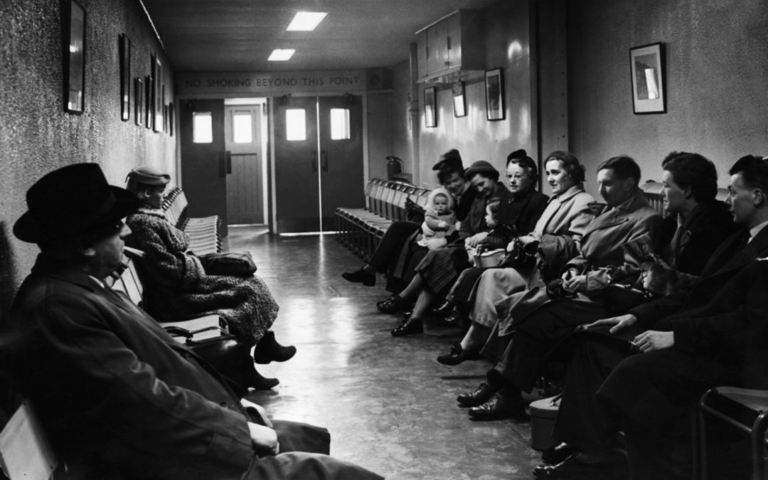1950's: Passenger lounge at Manchester's Ringway airport