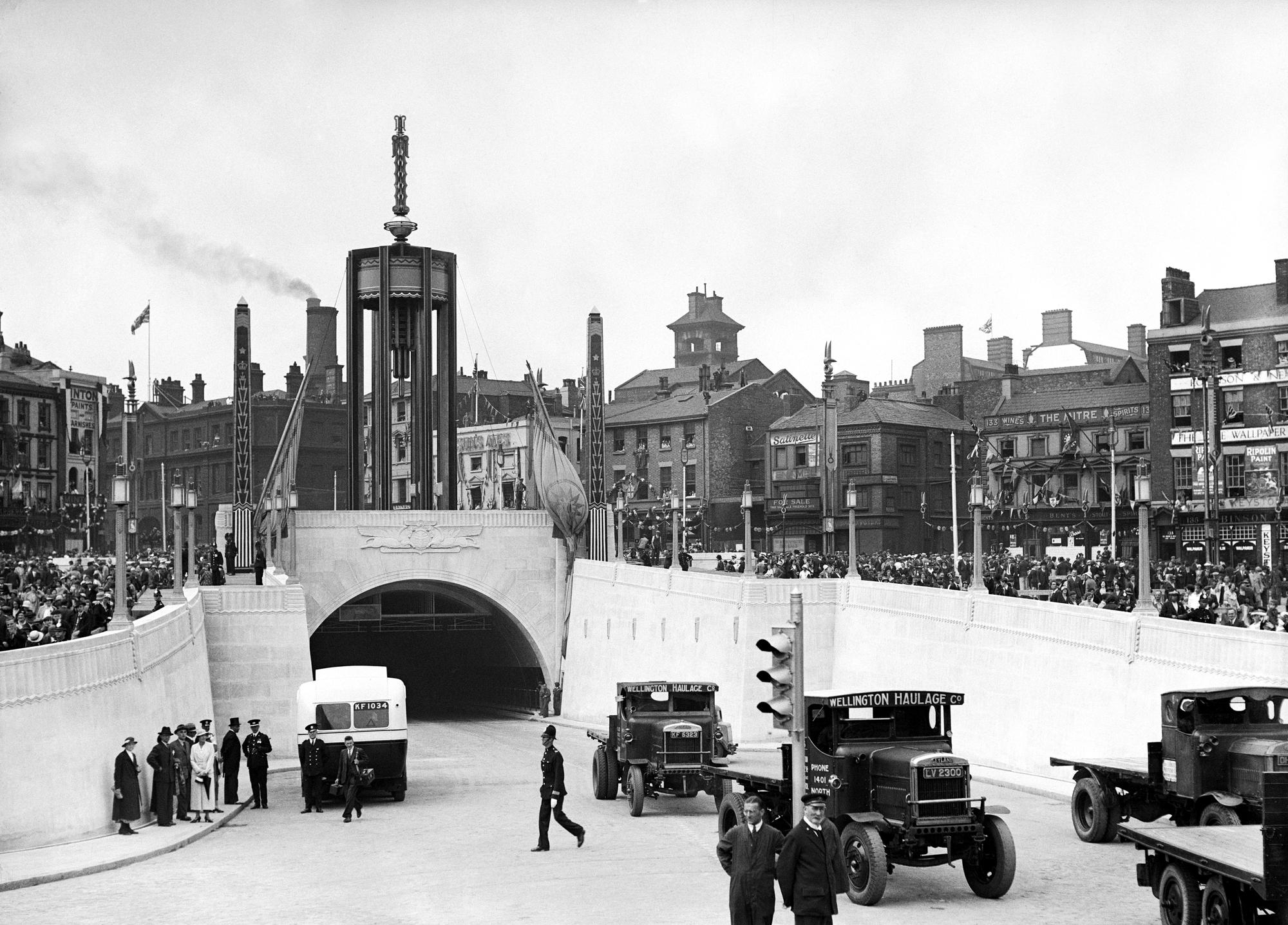 Queensway tunnel, Liverpool - Then
