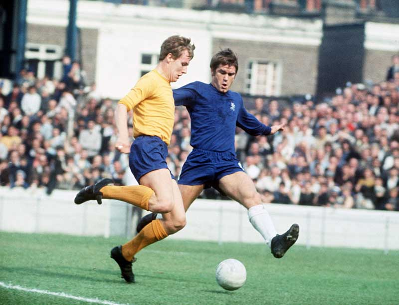Everton striker Joe Royle takes on Chelsea defender David Webb, January 1970
