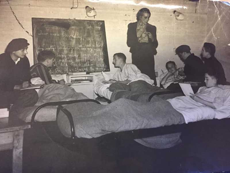 Marie Paneth in the Calgarth camp hospital with the Windermere Children