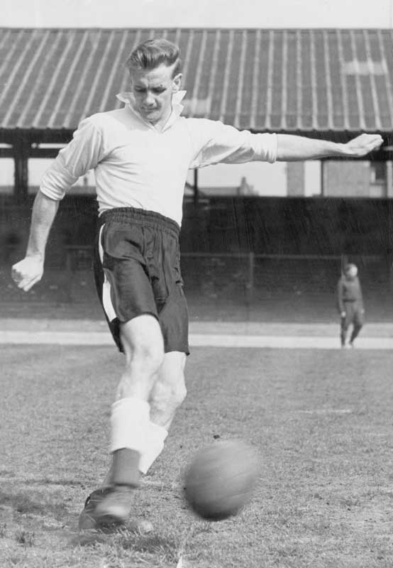 Don Revie in training at Maine Road, May 1949
