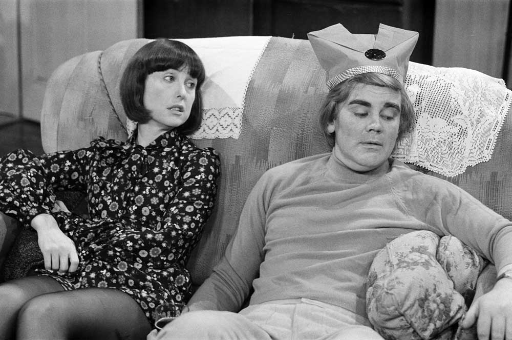 Tony Booth and Una Stubbs in the Christmas episode of Till Death Us Do Part, December 1972