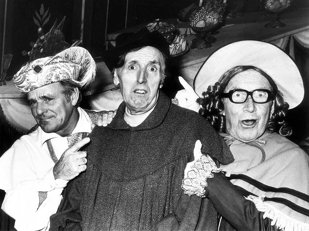 Dickie Henderson, Cardew Robinson and Arthur Askey in Babes in the Wood at the Palace Theatre, December 1976