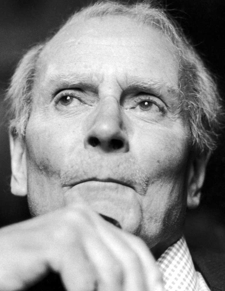 Laurence Olivier, who played King Lear in a TV production with Bill Tarmey, December 1981