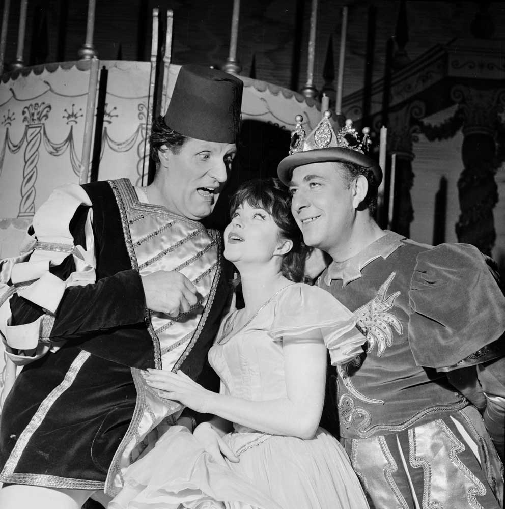 Tommy Cooper, Shani Wallis and Alfred Marx in Old King Cole at the Palace Theatre, December 1962