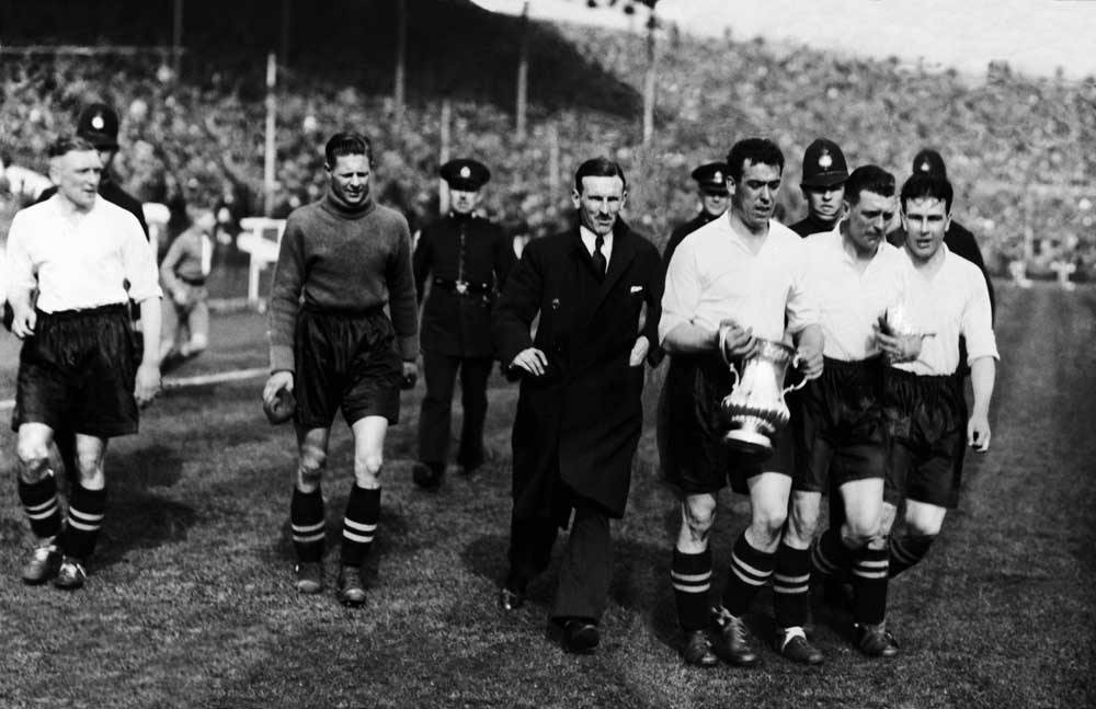 Everton celebrate winning the FA Cup at Wembley, April 1933
