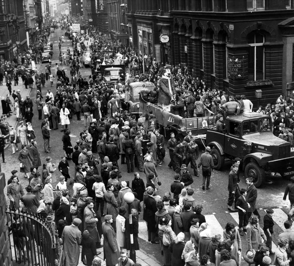 Panto procession Dale Street 1960