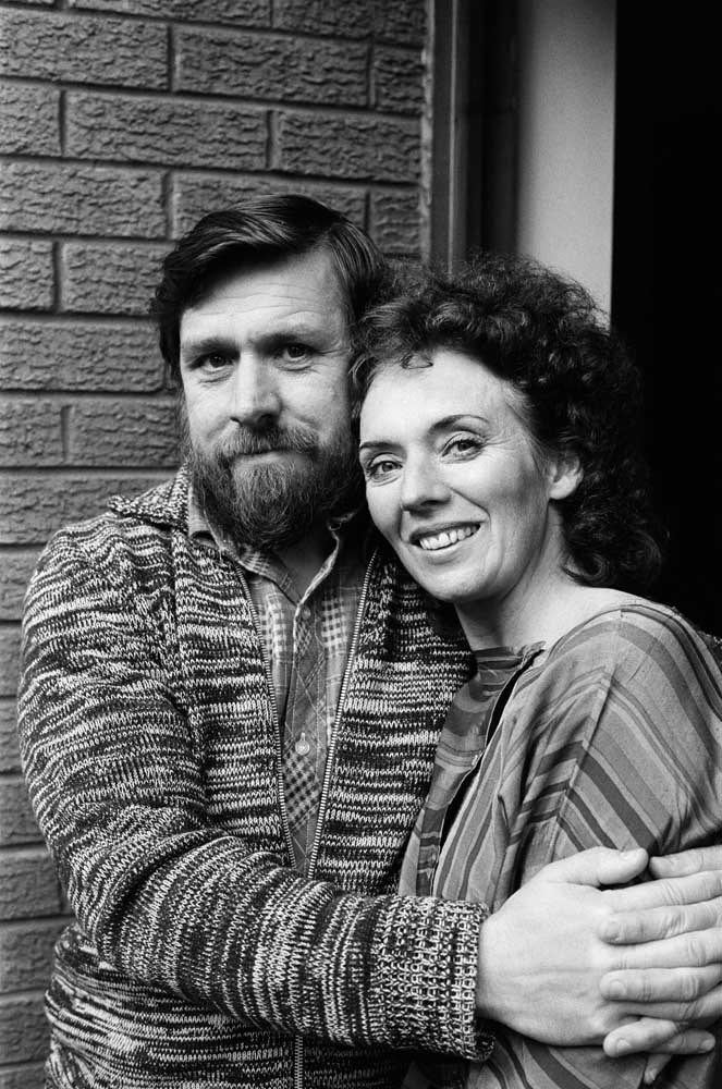 Sue Johnston and Ricky Tomlinson - Sheila and Bobby Grant in Brookside, October 1982