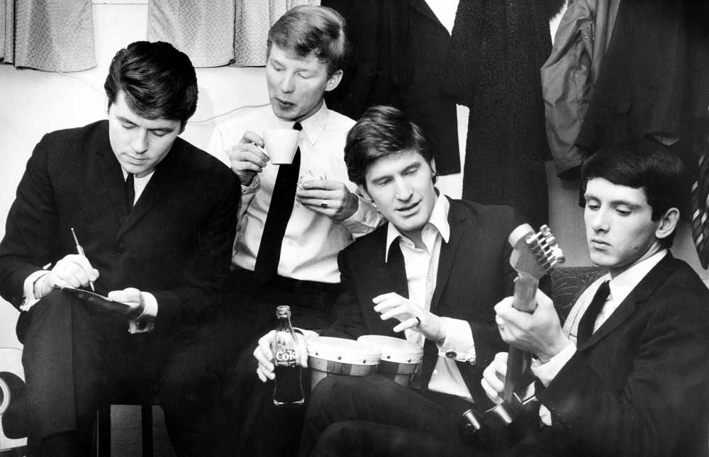 Mike Pender, John McNally, Chris Curtis and Frank Allen of the Searchers, November 1964