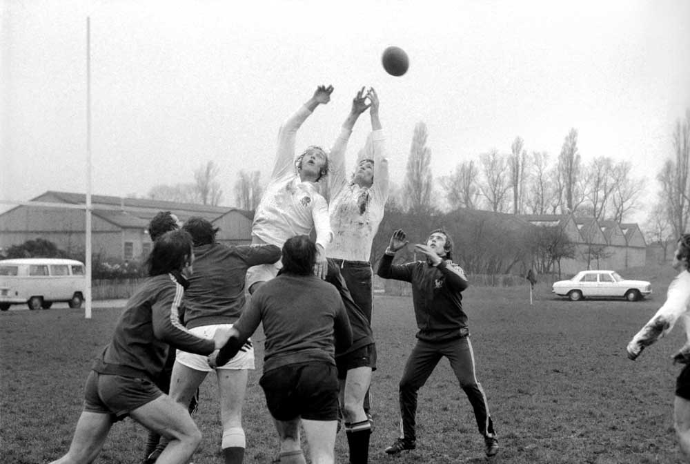 Chris Ralston and Andy Ripley practise line-outs at Twickenham, January 1975