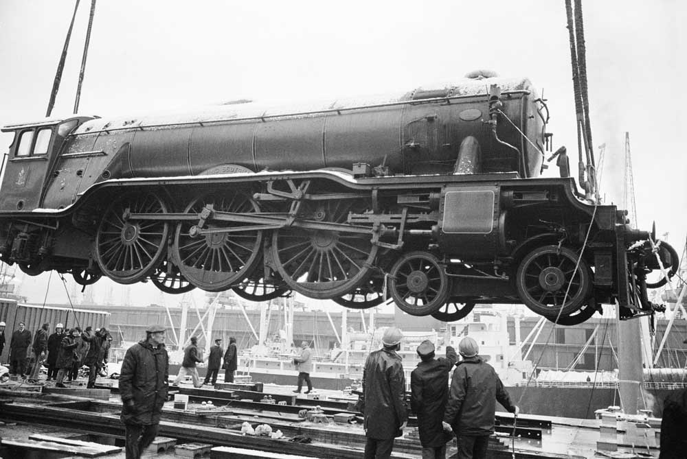 The Flying Scotsman arrives at Liverpool Docks from San Francisco, February 1973