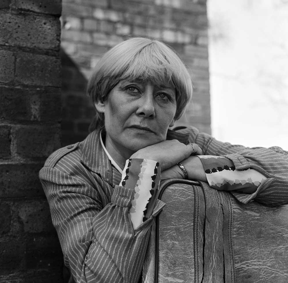 Liz Dawn made her debut as Vera Duckworth while Suzi Hush was producer, April 1982