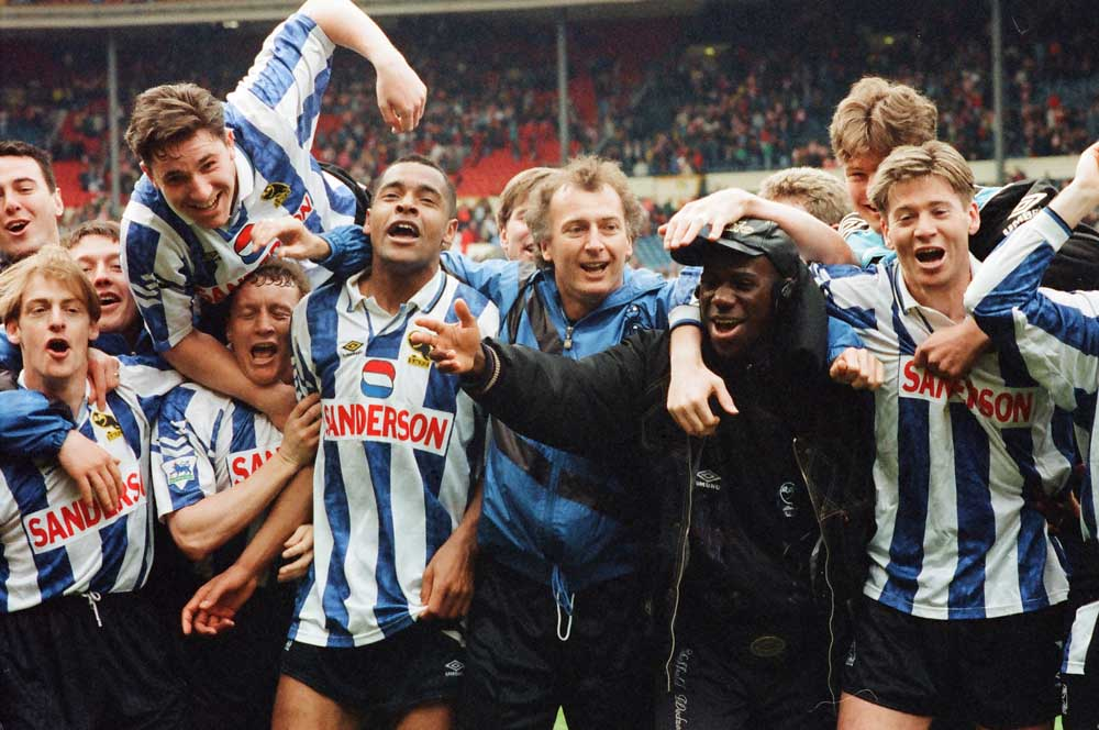 Sheffield Wednesday manager Trevor Francis and his team at Wembley, April 1993