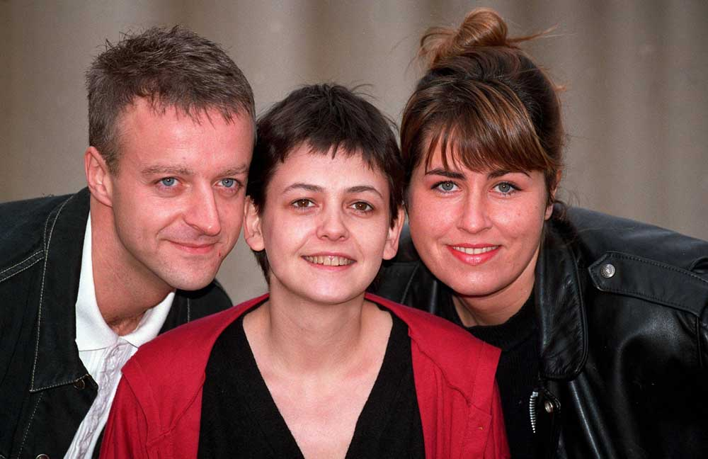 Paul Bown, Emma Wray and Lisa Tarbuck in the sitcom Watching, June 1991