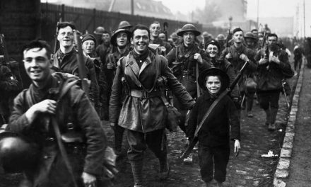 Soldiers at Lille 1918